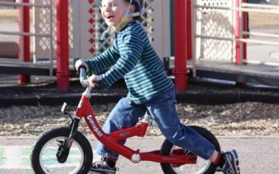 Naučite dijete na balans bicikl